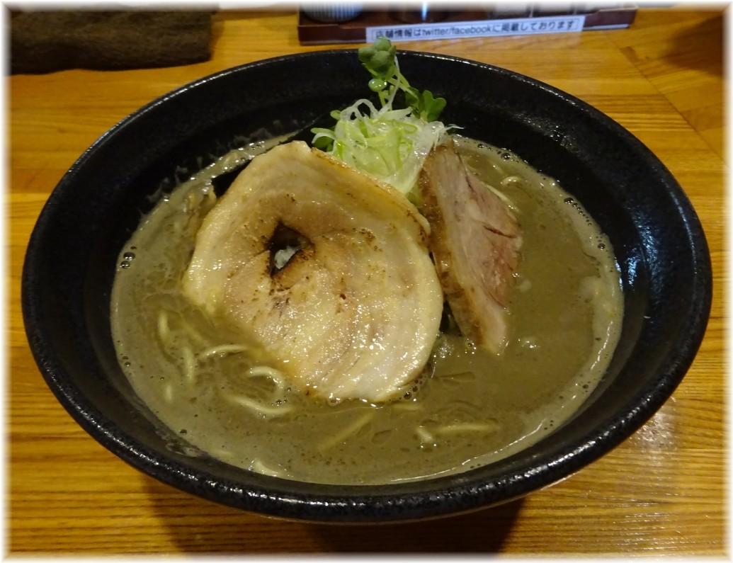 麺屋ひな多2 メガ煮干しラーメン