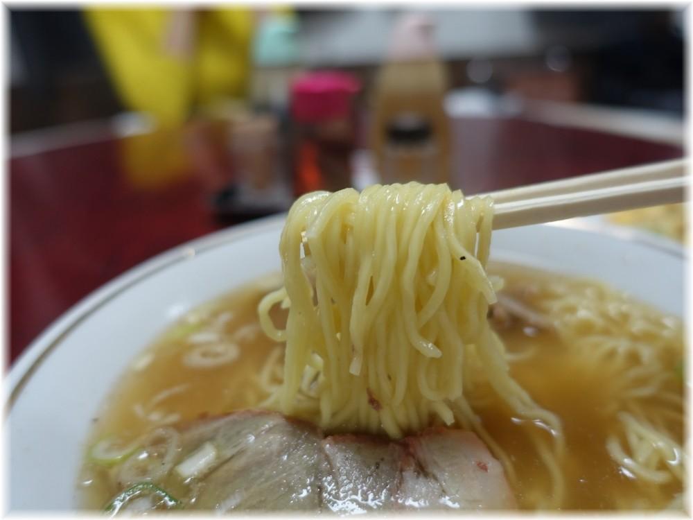 萬里放題亭 ラーメンの麺