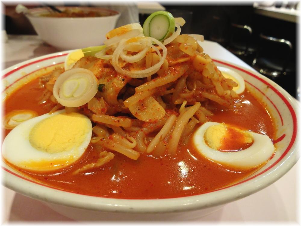 蒙古タンメン中本新宿 味噌卵麺2