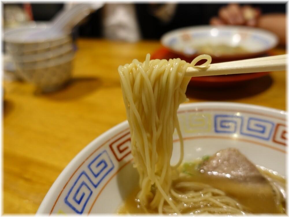 中華そば三浦2 中華そばの麺