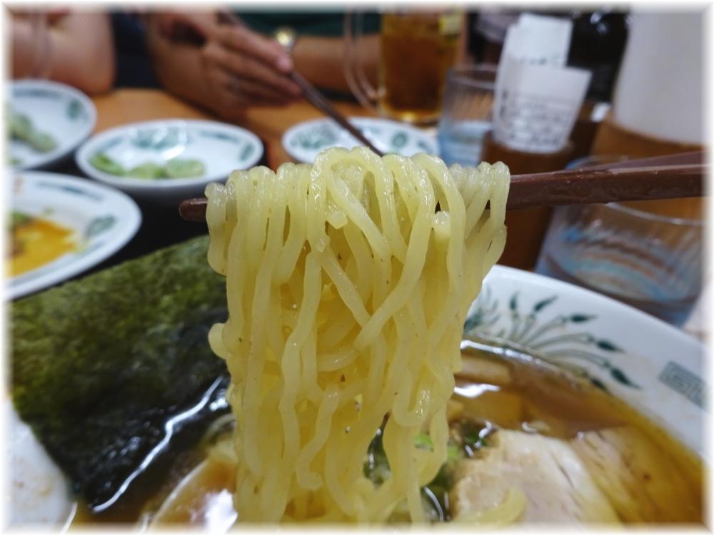 日高屋六本木店 ラーメンの麺