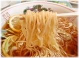 中園亭 檸檬湯麺(レモンソバ)の麺