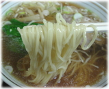 栄屋ミルクホール ラーメンの麺