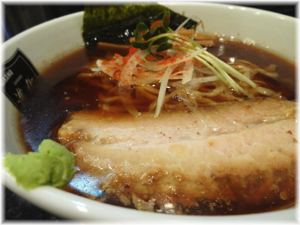 中野汁場進化 鯵香る醤油ラーメンの具