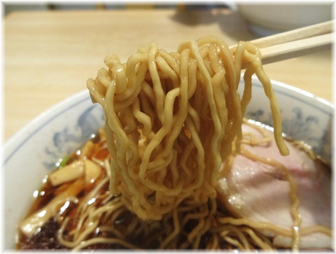 大黒庵本店 ラーメン(ドンパリ)の麺