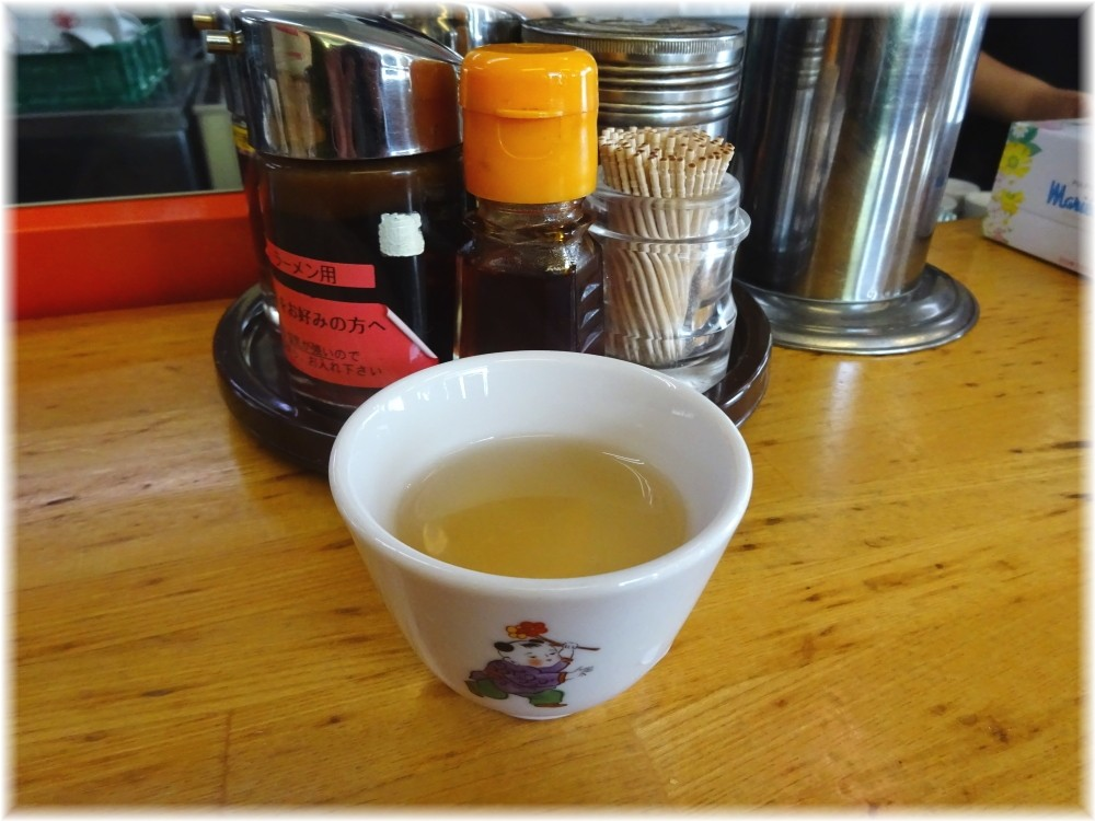 ハルピンラーメン ジャスミン茶
