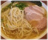 誠屋 大森山王店 細麺ラーメンの麺