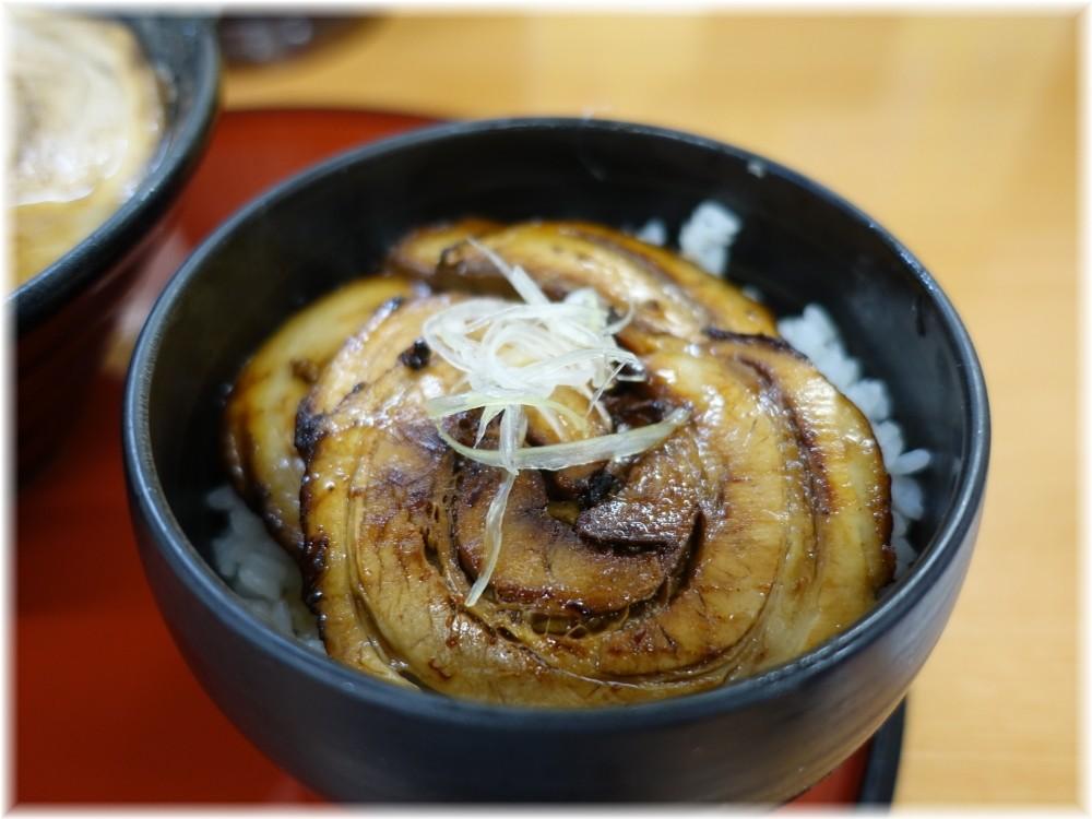 くりの木上尾店 チャーシュー丼