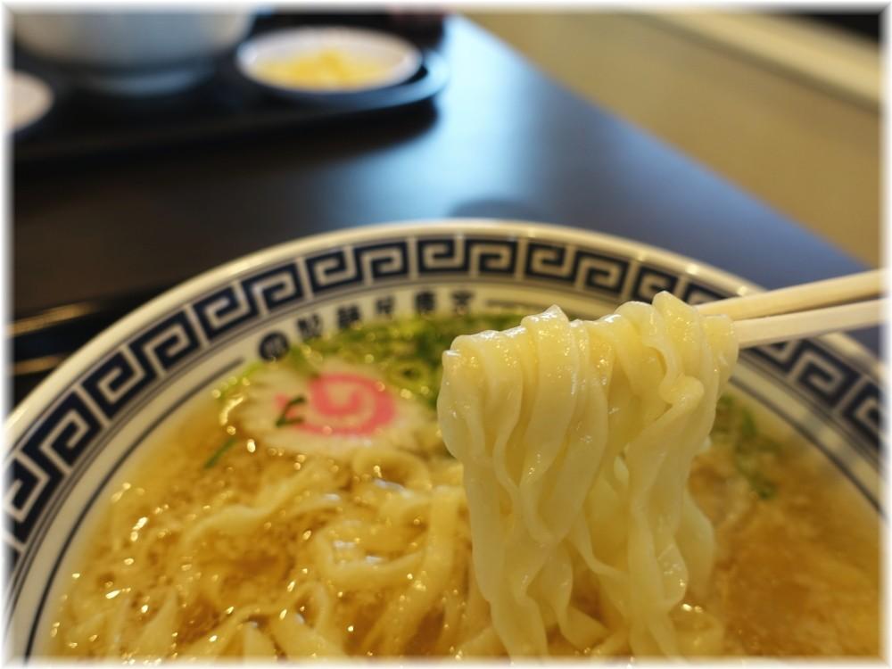 製麺屋慶史 朝塩ラーメンの麺