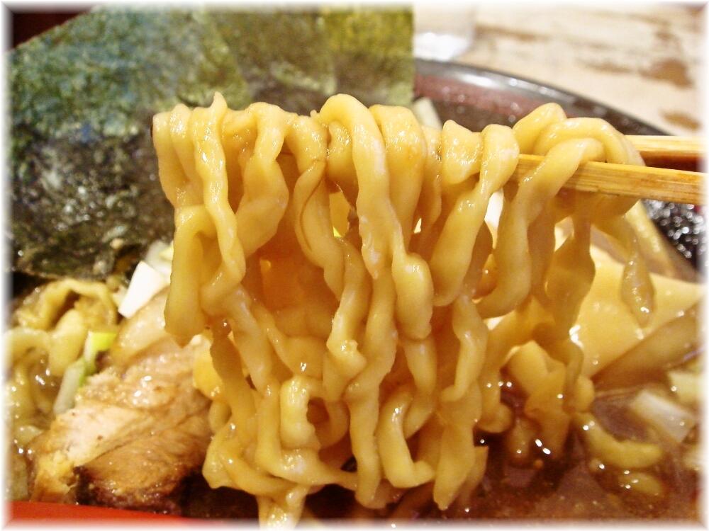 ラーメン凪炎のつけめん 煮干王のラーメンの麺