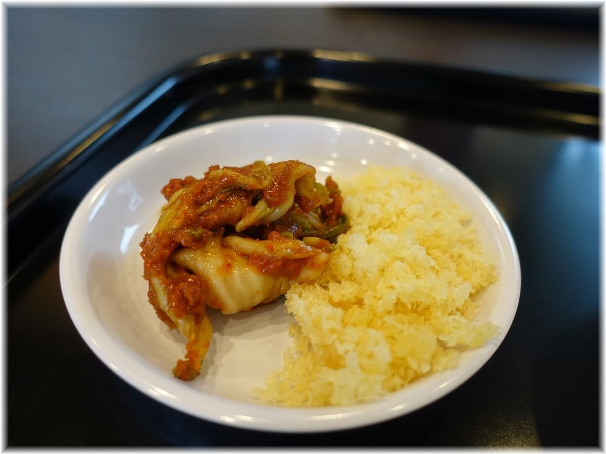 製麺屋慶史 激辛キムチと揚玉