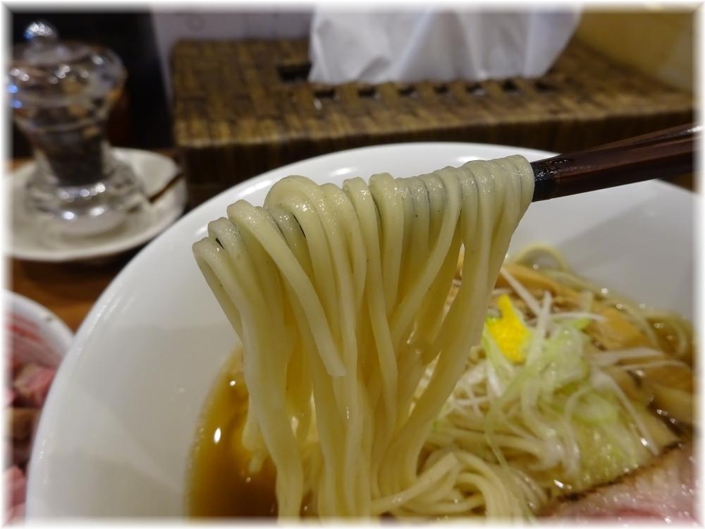 想 魚介×醤油らぁ麺の麺