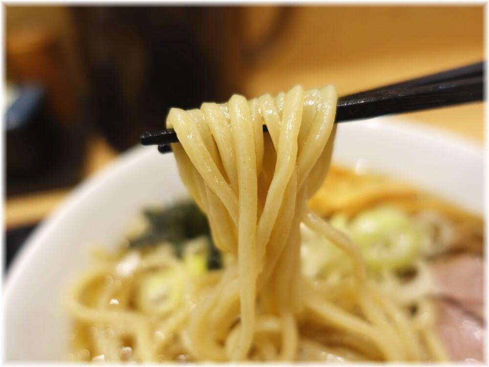 舎鈴田町店3 冷やかけの麺