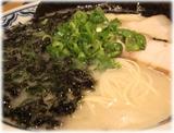由丸 岩磯のりラーメンのスープ