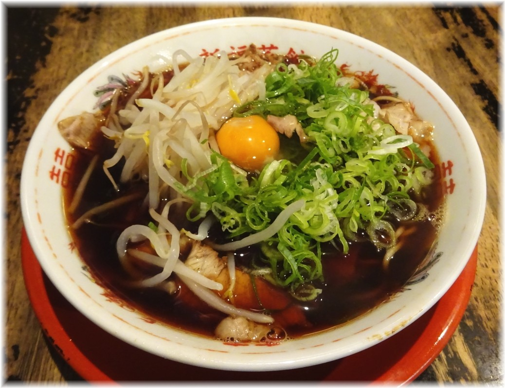 新福菜館麻布十番店2 中華そば(並)+たまご(生)