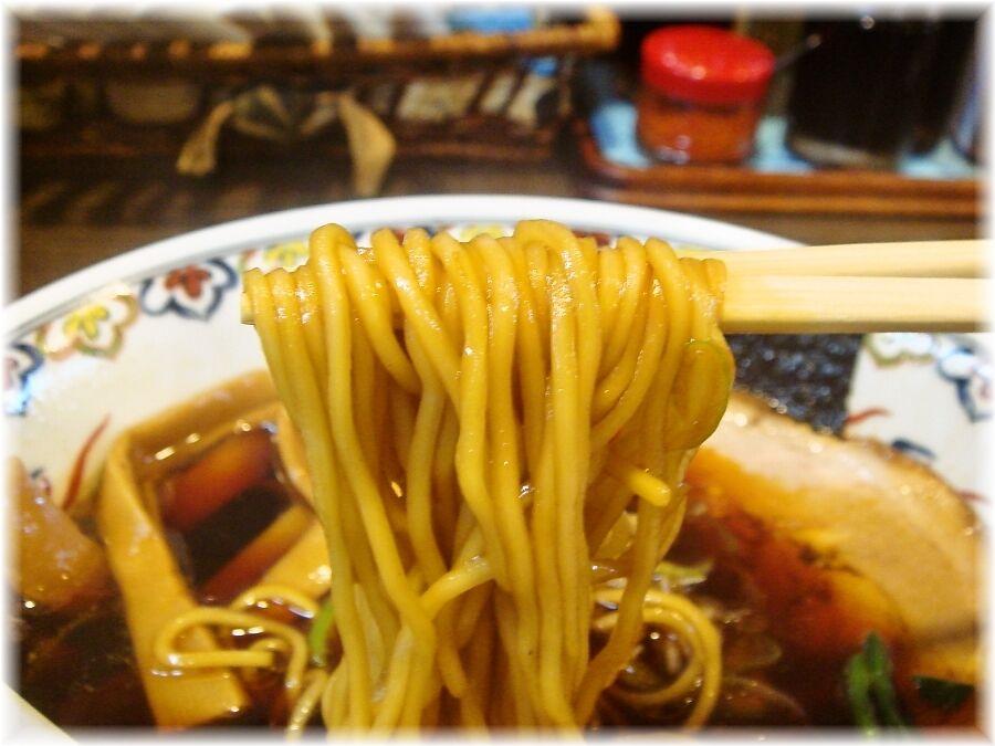 松虎亭 盛岡醤油老麺の麺