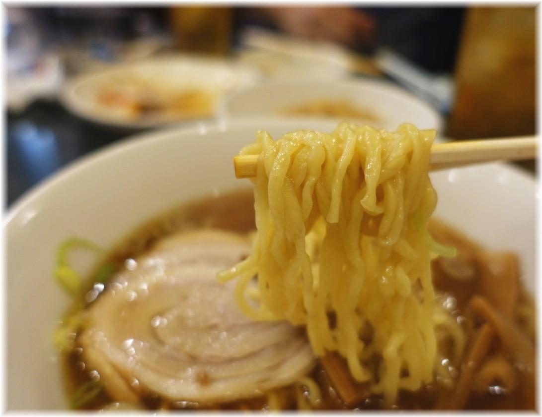 中華珍来 ラーメンの麺