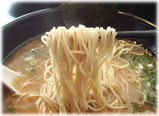 じゅうはち とんこつ麺の麺