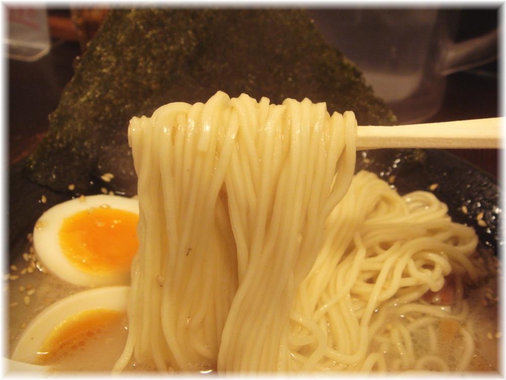 學虎 白虎の麺