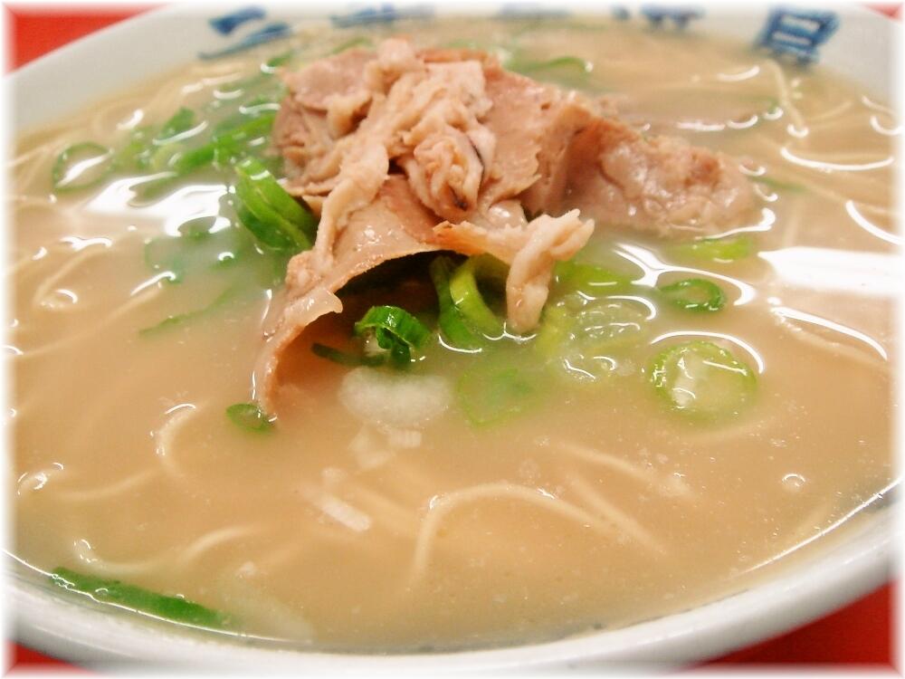 元祖長浜屋3 ラーメン(なし)のスープ