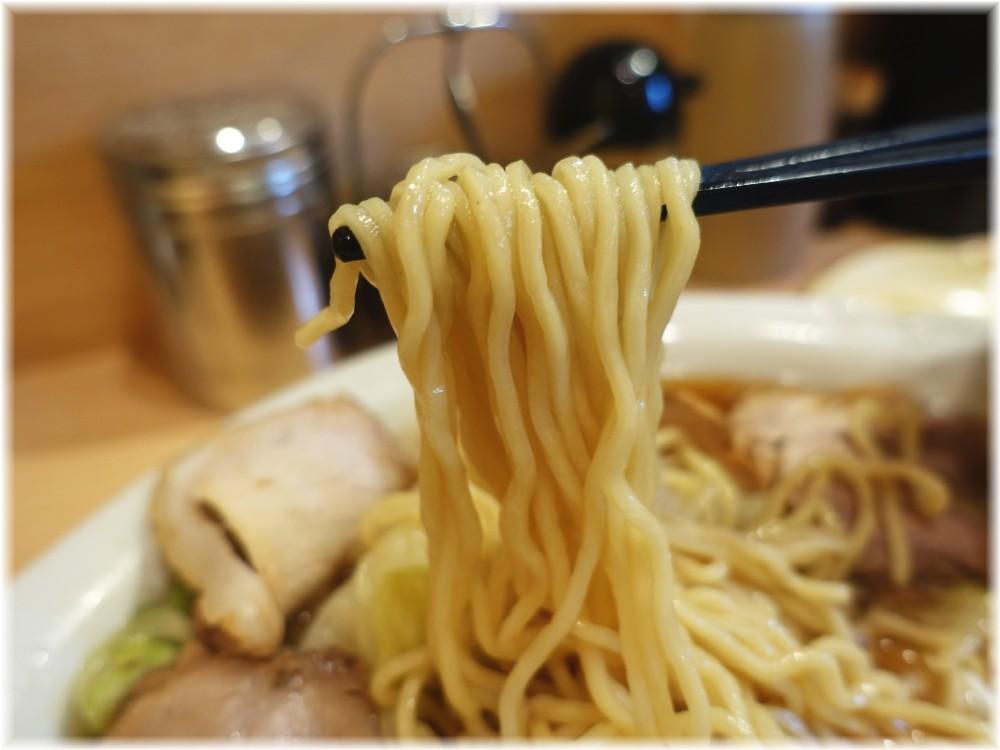田丸 チャーシューメン(並)の麺