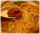 きび ちゃあしゅうそば(塩)+味付け玉子の麺