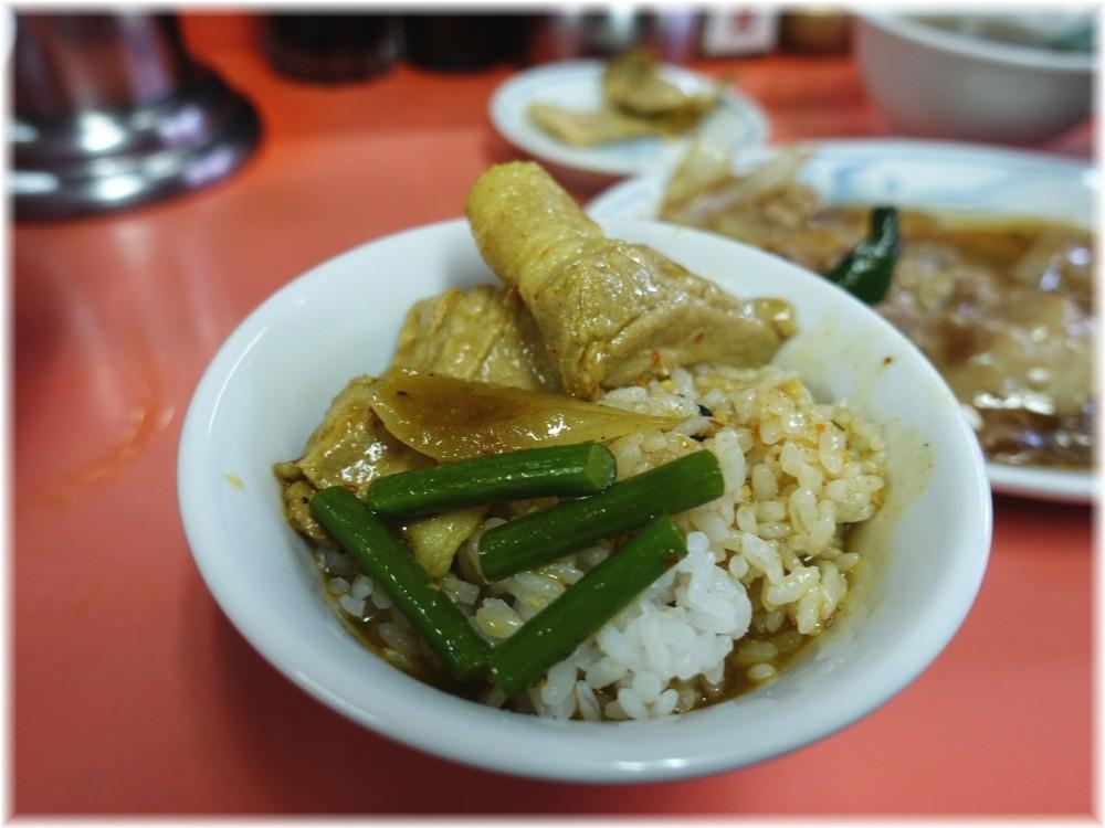 中華大元 ライスにガーリースープ