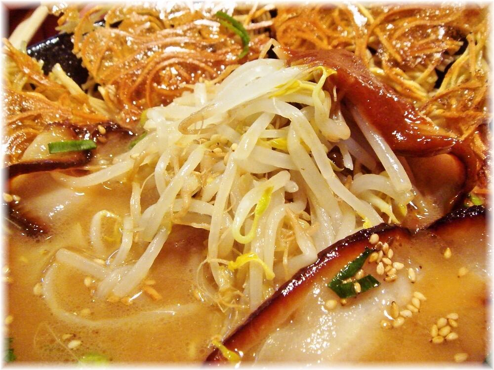 壱の家 豚骨焼麺の具2