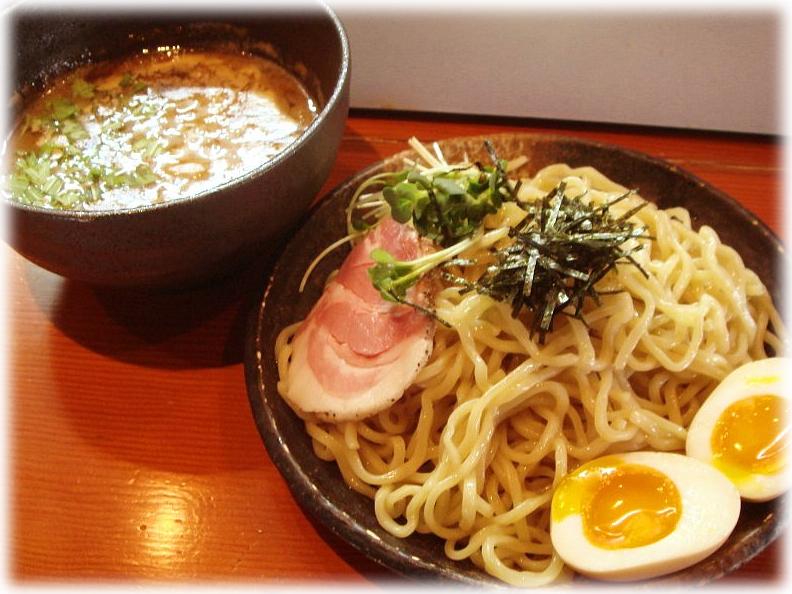 麺処ほん田 濃厚豚骨魚介味玉つけ麺