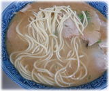一竜軒 チャーシューメンの麺