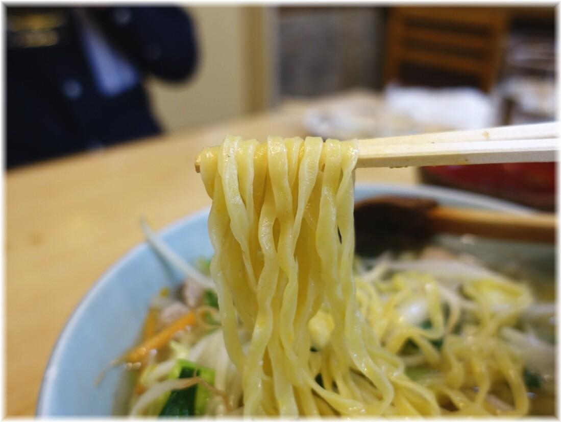 金華 タンメンの麺