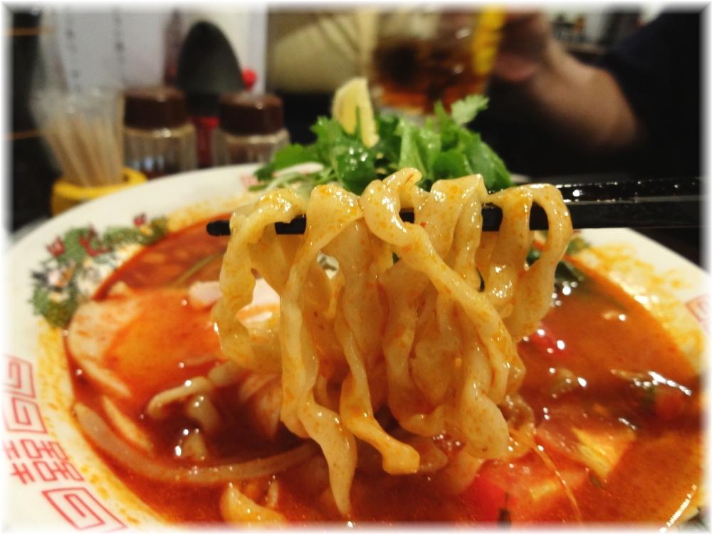 金町製麺3 冷しトムヤムそばの麺