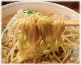 ラーメン吉野 ラーメンの太麺