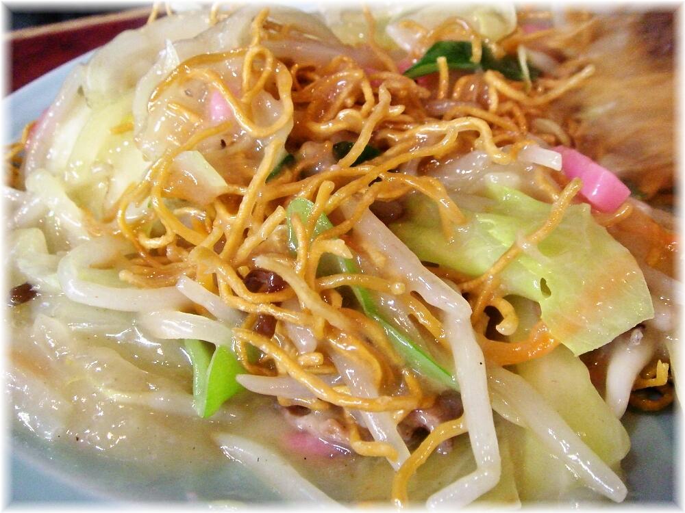 博多荘 焼きそばA(パリパリ)の麺