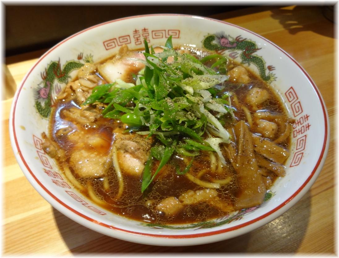 巌哲 マルチョウラーメン(東大阪風)