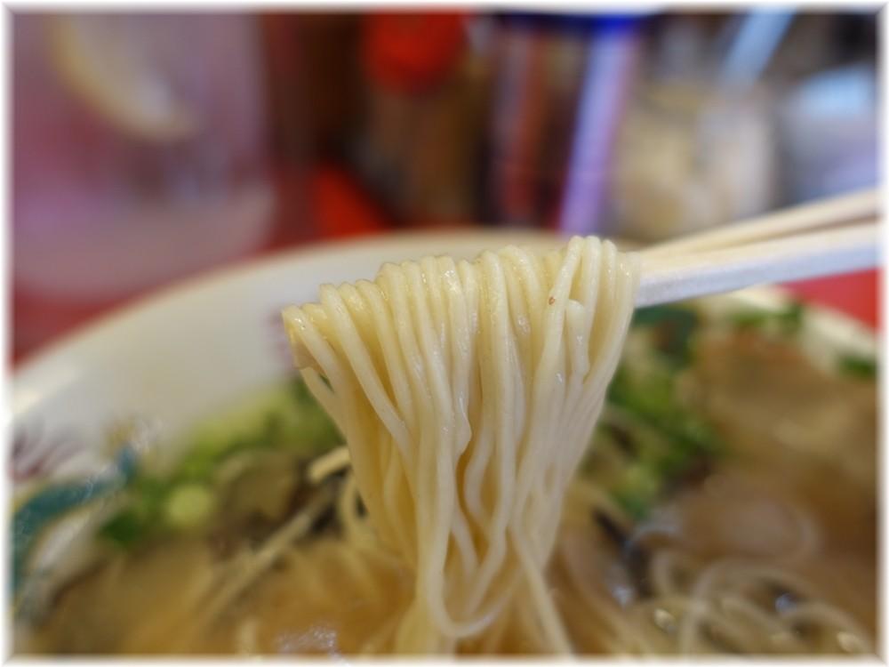 博多ラーメンガツン ガツンラーメンの麺