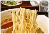 香家 鬼・担々麺の麺