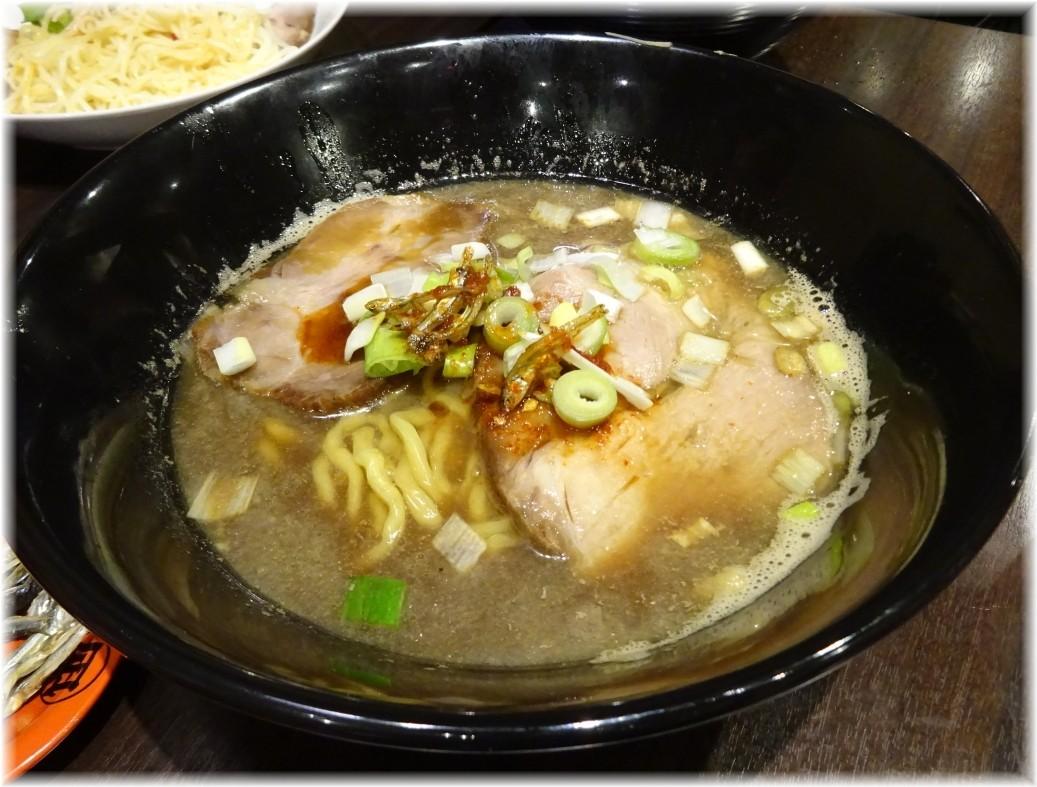 魚露温麺凪 魚露温麺