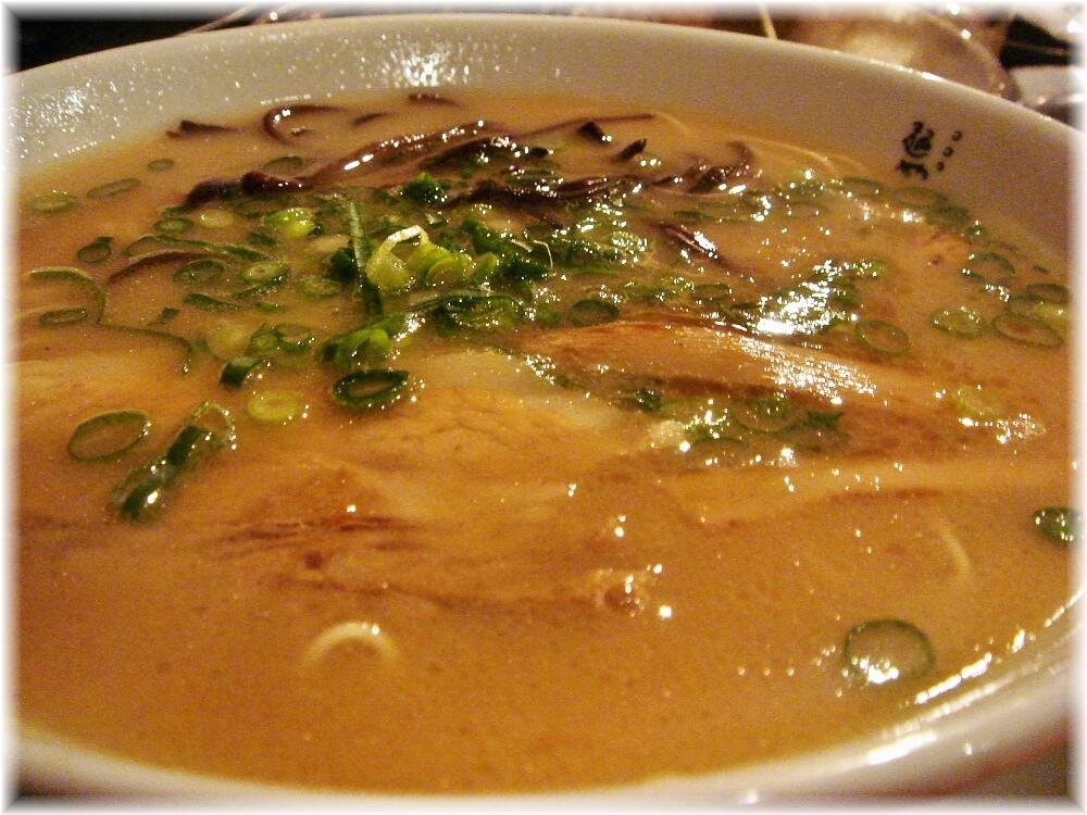 麺やおの ラーメンのスープ