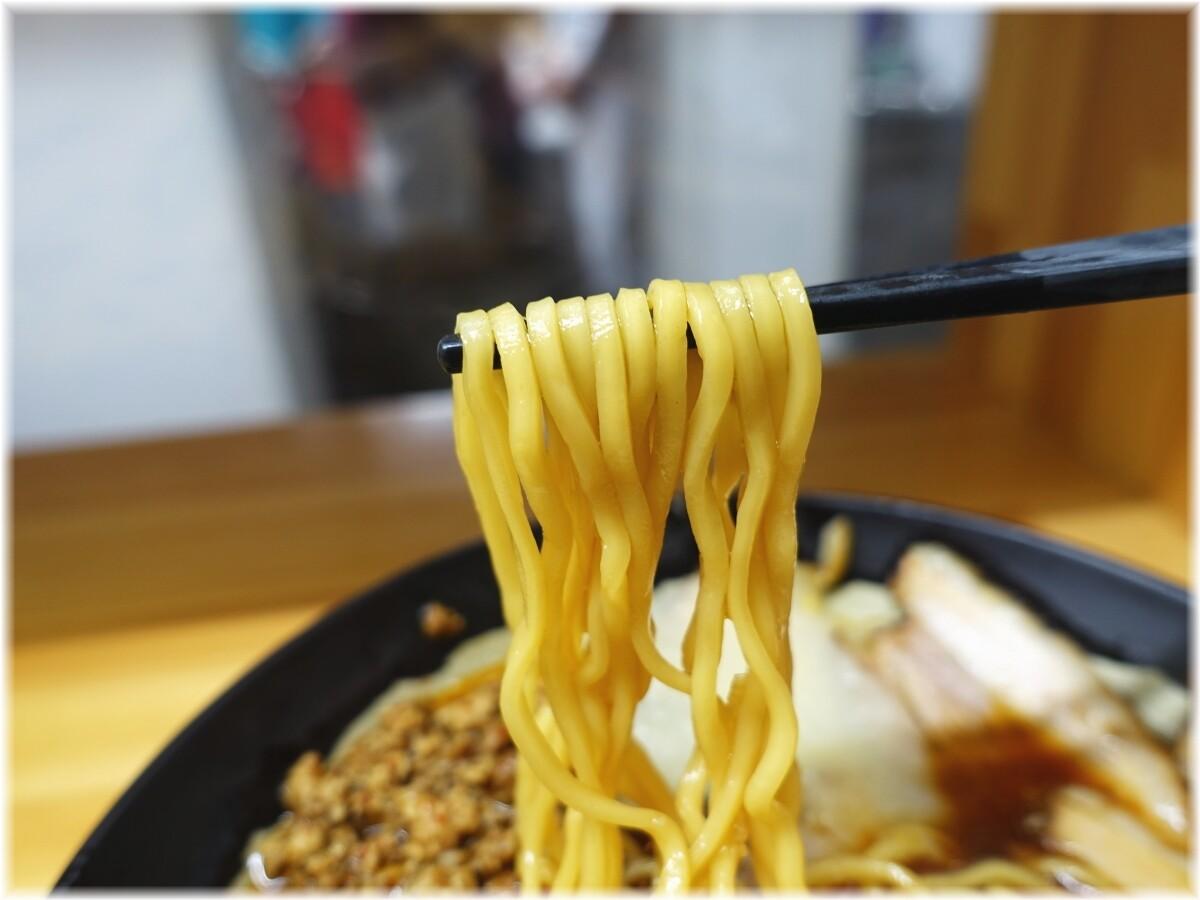 北大塚ラーメン 激辛チャーシュー麺(並)にニンニクの麺