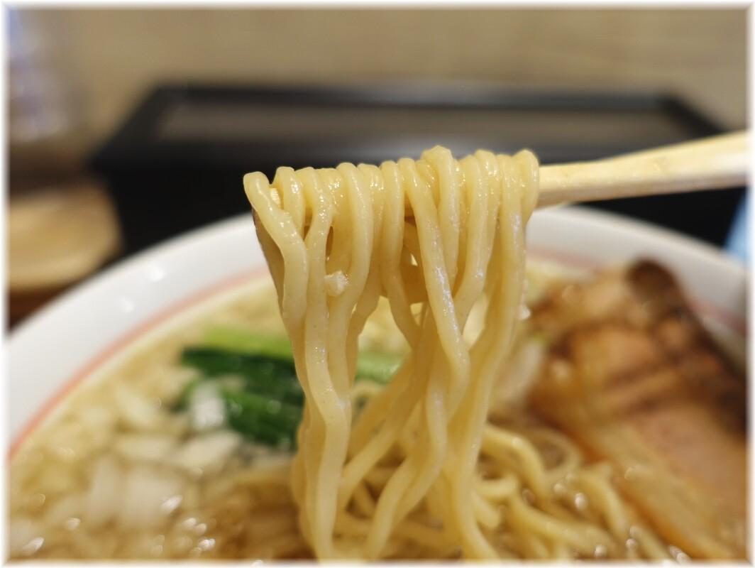 中華そば山下 背脂入り煮干中華そばの麺