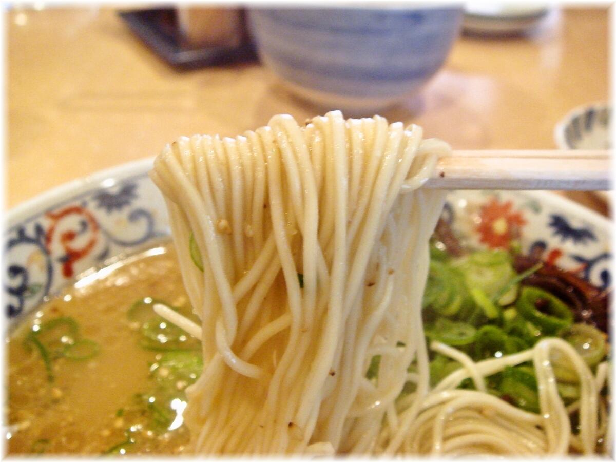 博多葱一 ラーメンの麺