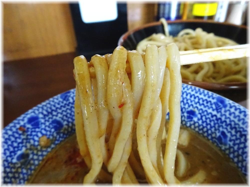 次念序 担々つけめんの麺2