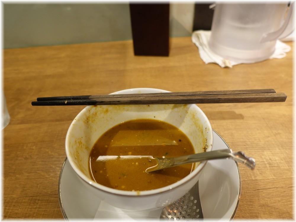 箸とレンゲ 箸と丼