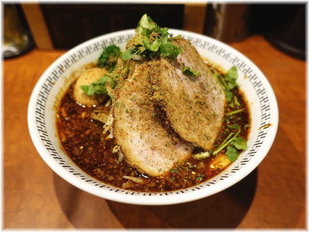卍力秋葉原店 スパイス・特製ラー麺