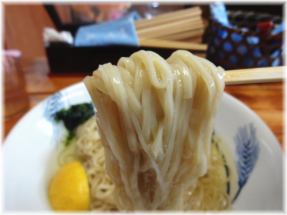 飯田商店2 つけ麺の麺リフト