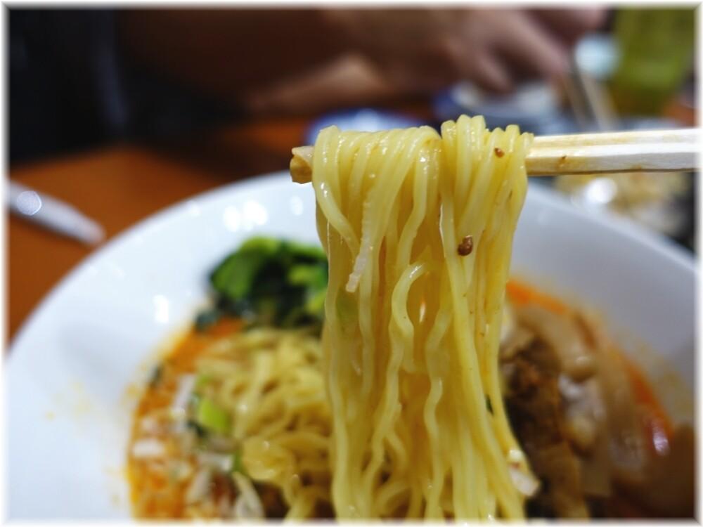 中華料理十八番 冷やし担々麺の麺