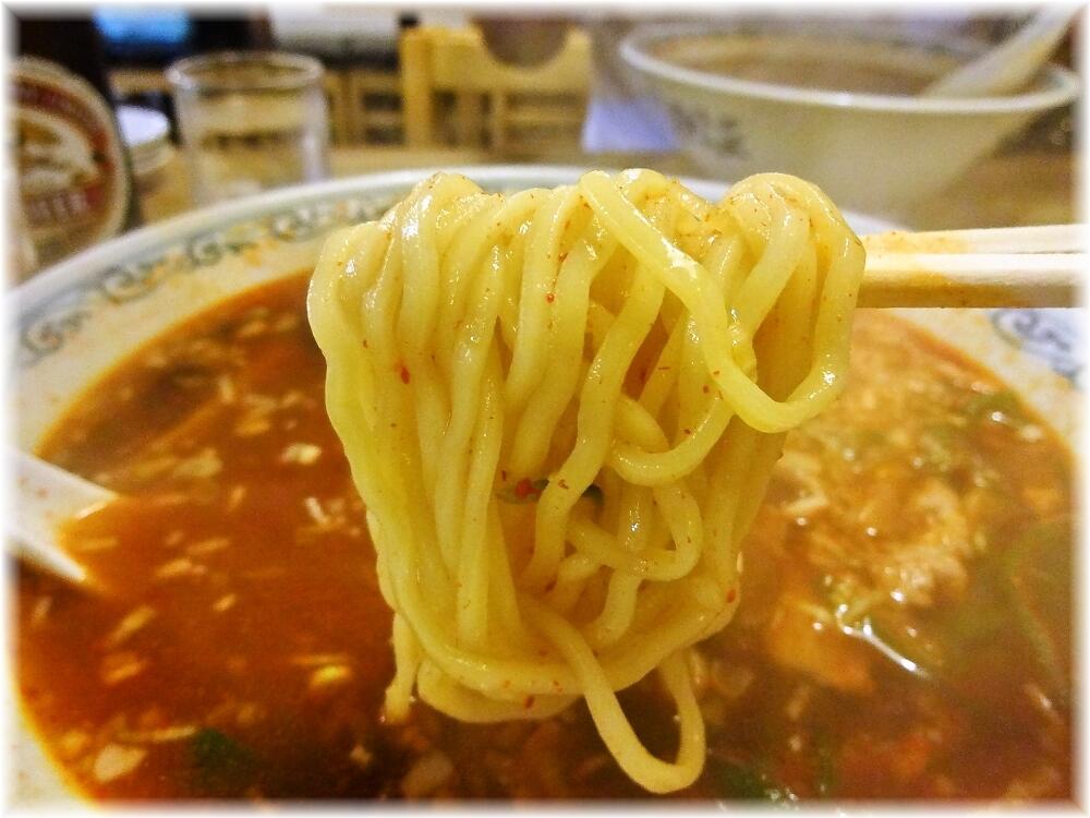 利しり オロチョンらーめんの麺