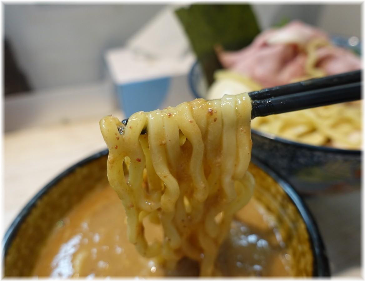 中華そば四つ葉4 特製つけそばの麺