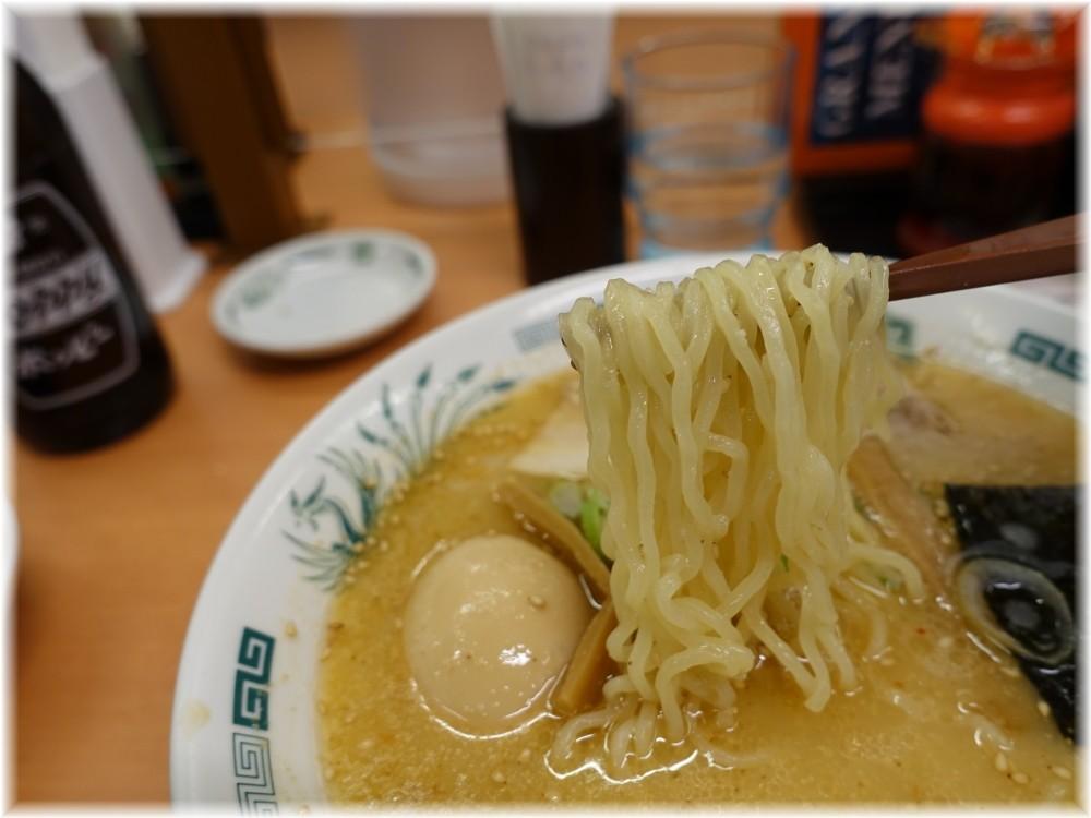 日高屋新橋烏森通店 味玉とんこつラーメンの麺